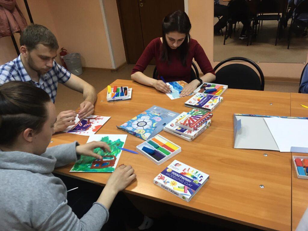 С 7 по 11 июня в основном отделе «Вита» прошло интересное мероприятие – арт-терапевтический фестиваль «Краски жизни»!